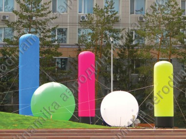 Inflatable columns and spheres