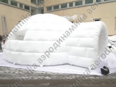 Igloo inflatable tent