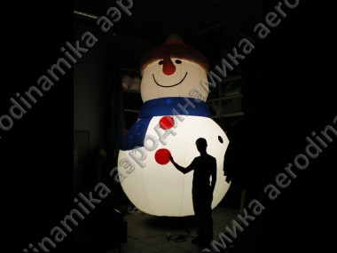 Inflatable Christmas snowman with inner backlight