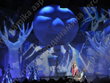 Inflatable stage decoration for fairytale performance