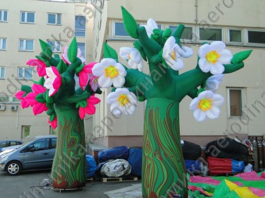 Inflatable flowered trees