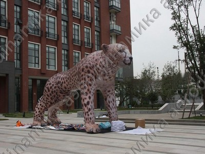 Inflatable leopard